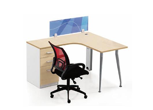 定制办公家具和成品家具的优劣势介绍